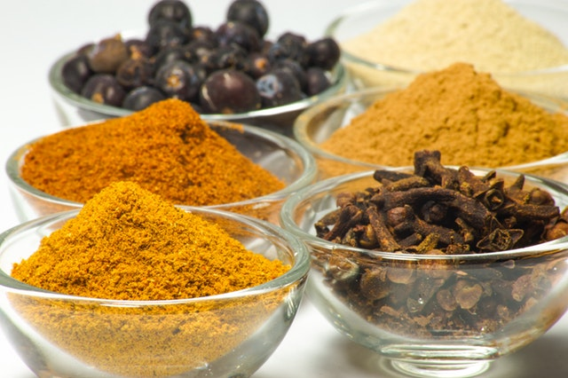 nutritious meal ideas for working from home, spices, ginger, turmeric, healing foods, the homeworker magazine