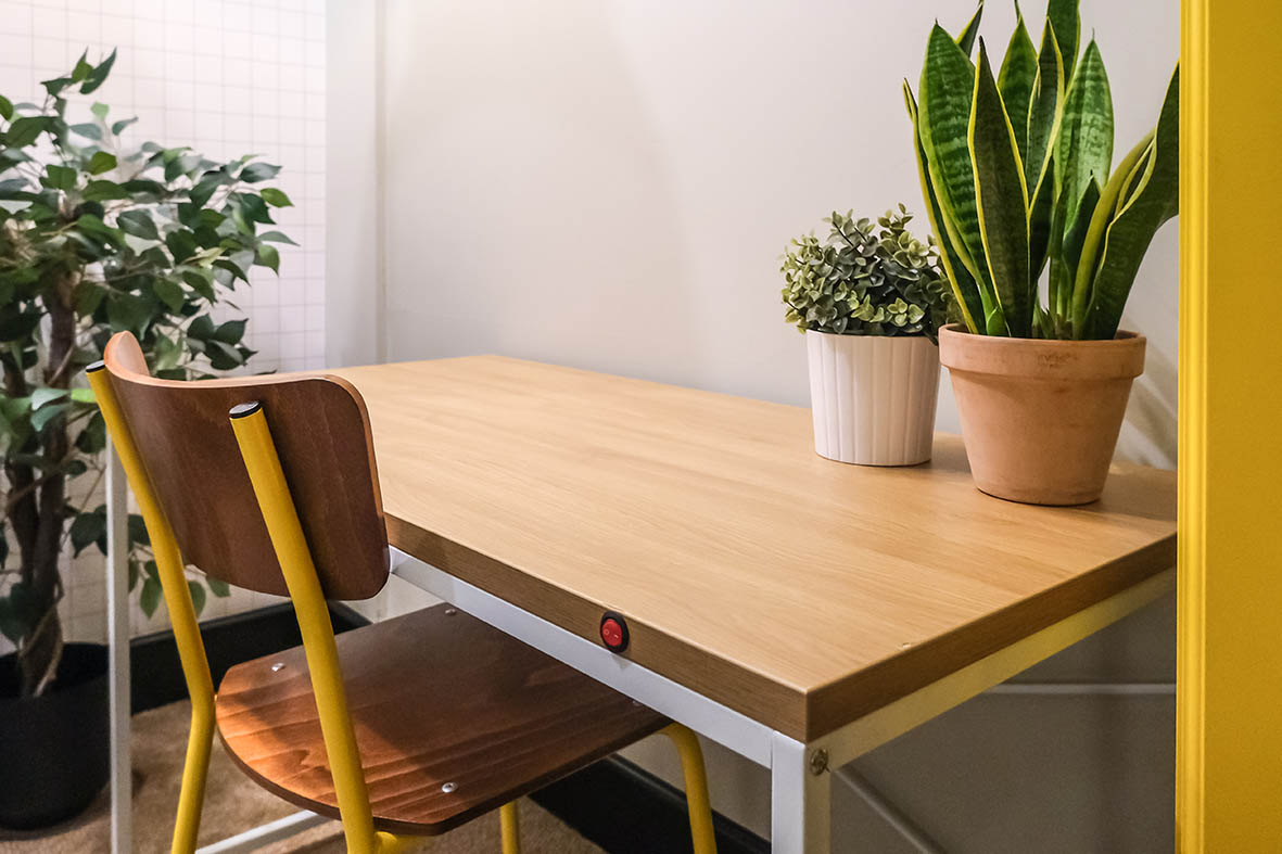 best dsks for working from home - the ocko heated desk