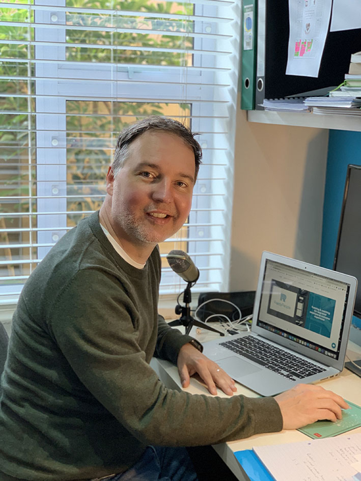 Clive Vanderwagen shares his homeworking experience - working from home around the world